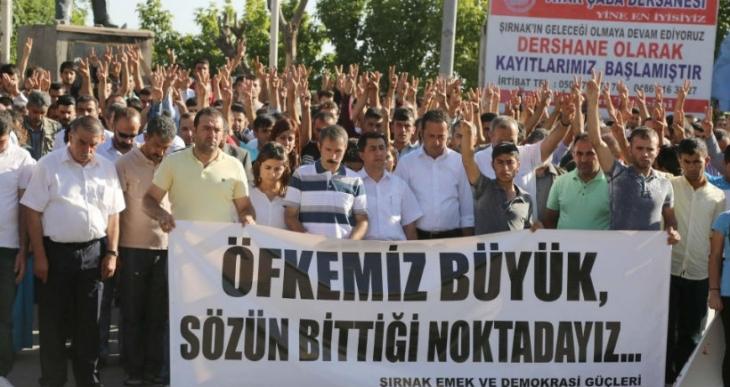 Katliama karşı Kürt halkı sokaklara çıktı