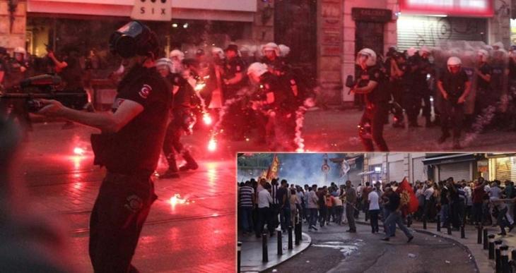 İstanbul'daki Suruç katliamı protestosuna polis saldırdı
