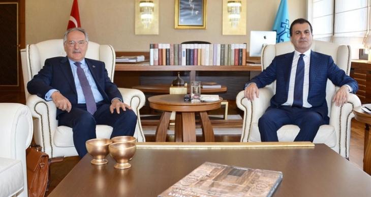 AKP ve CHP'nin 'istikşafi' görüşme süreci başladı