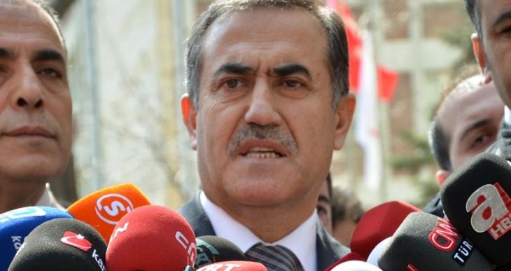 CHP Milletvekili İhsan Özkes partisinden istifa etti