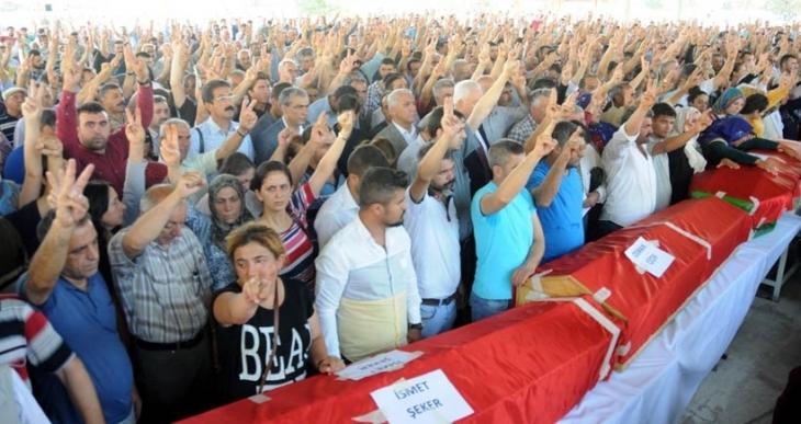 Suruç'ta hayatını kaybedenler Van, Hakkari, Dersim, İstanbul ve Bursa'da toprağa veriliyor