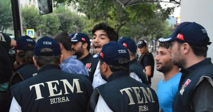 Bursa'da gözaltındaki 8 kişi adliyeye sevkedildi
