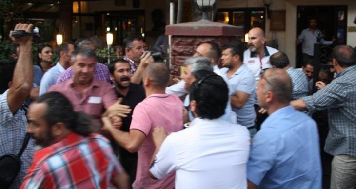 Ankara'da polis, akli dengesi olmayan vatandaşa saldırdı