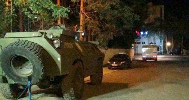 6 kentte polis ve askerlere saldırı düzenlendi