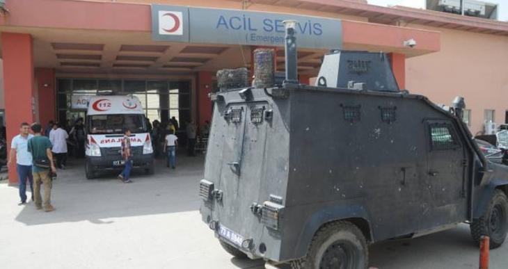 Polise dönük saldırıda çocuklar da yaralandı