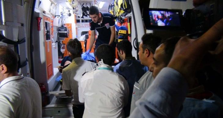 IŞİD, Kilis'in karşısında bomba yüklü 2 araç patlattı