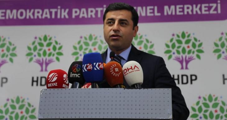 Demirtaş'tan Davutoğlu'ya: Çiller'i çağır, 90'lı yılları sana anlatsın