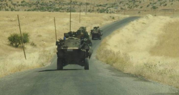 Askeri araçların geçisi sırasında mayın patladı