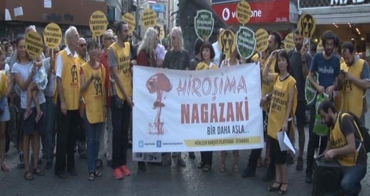 Hiroşima ve Nagazaki'nin yıldönümünde Nükleer Karşıtı Platform'dan Beşiktaş'ta eylem