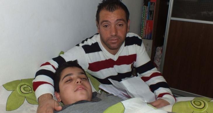 200 TL gelir sayıldı engelli baba ile oğlunun maaşı kesildi