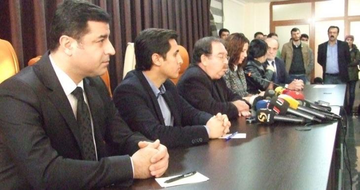 HDP, HDK, DBP ve DTK başkanlarına soruşturma