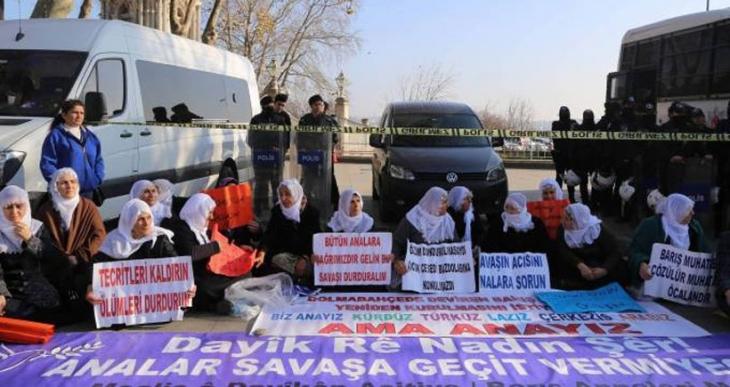 Barış Anneleri 6'ncı kez Dolmabahçe'de