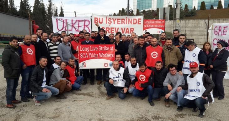 SCA Yıldız'da grev halaylarla devam ediyor