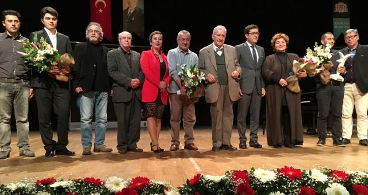 Dağlarca Şiir Ödülü Erbaş ve Erdem'e verildi: 'Fazıl Hüsnü şiiri  bir şölene çevirdi'