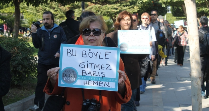 Barışa yürüyorum aktivistleri Adana'daydı