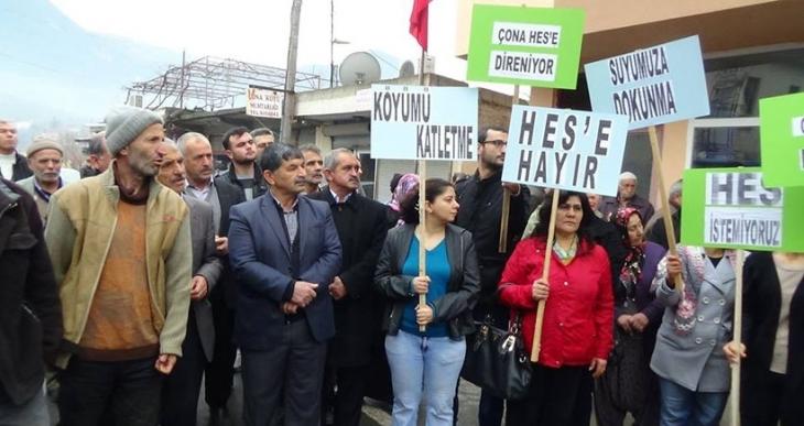 Köylüler HES ÇED toplantısını protesto etti