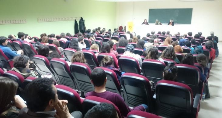 """KOÜ'de """"Güncel engeller karşısında kadınlar, haklar ve özgürlükler"""" paneli"""