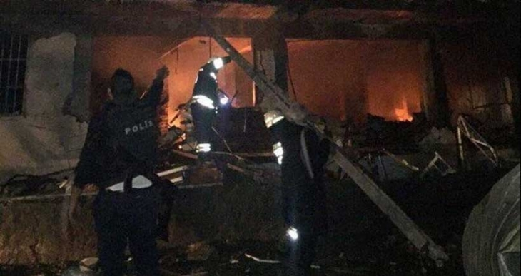 Diyarbakır Çınar Emniyet Müdürlüğü'ne bombalı araçla saldırı
