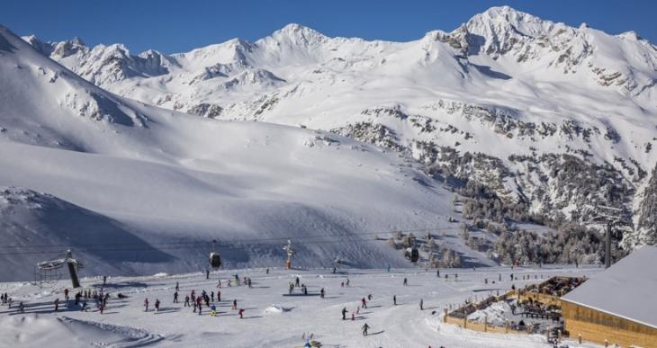 Alpler'de eğitim gören 5 Fransız askeri çığ altında hayatını kaybetti