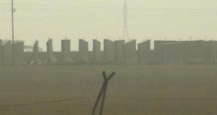 Nusaybin'de Rojava sınırına 3 metre yüksekliğinde beton duvar örülüyor