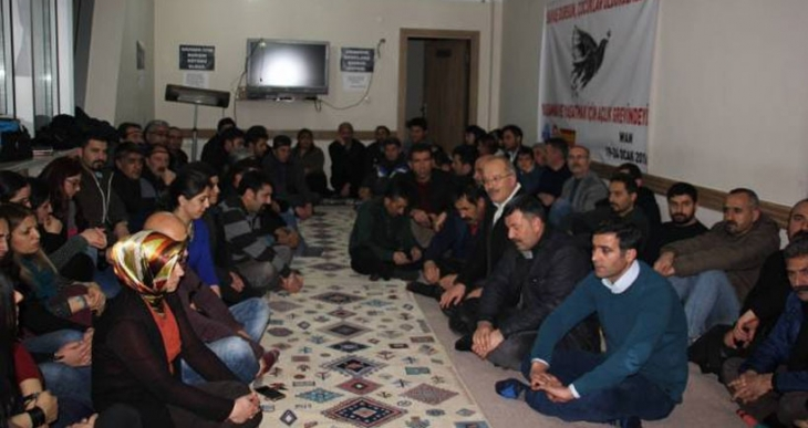 Van'daki emek ve meslek örgütlerinin açlık grevi eylemi sona erdi