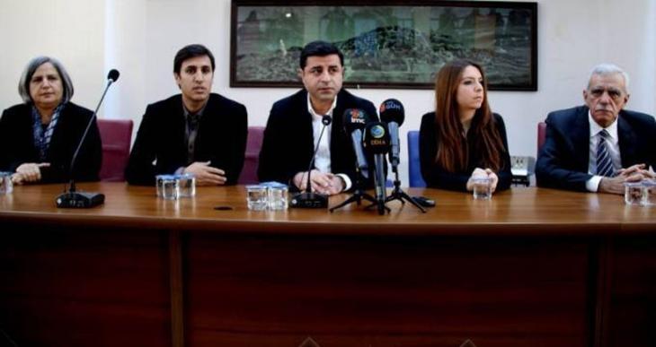 Demirtaş: Cizre'ye gidip yaralıları almak istiyoruz
