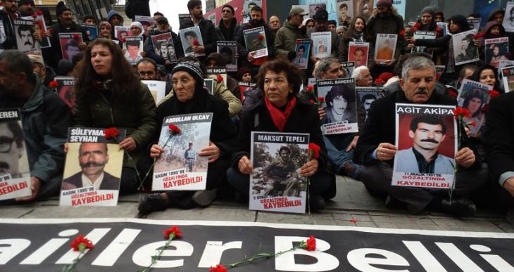 Cizre'de toplanamayan Cumartesi Anneleri için toplandılar