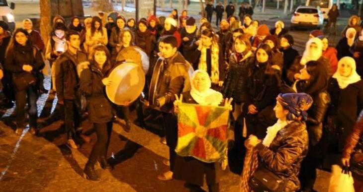 Diyarbakır'da bulunan kadınlar zulme karşı ses çıkardı