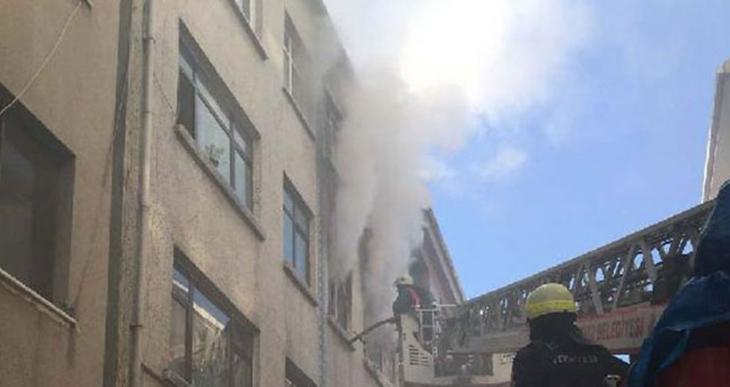 Beyoğlu'daki yangında 15 aylık bebek öldü