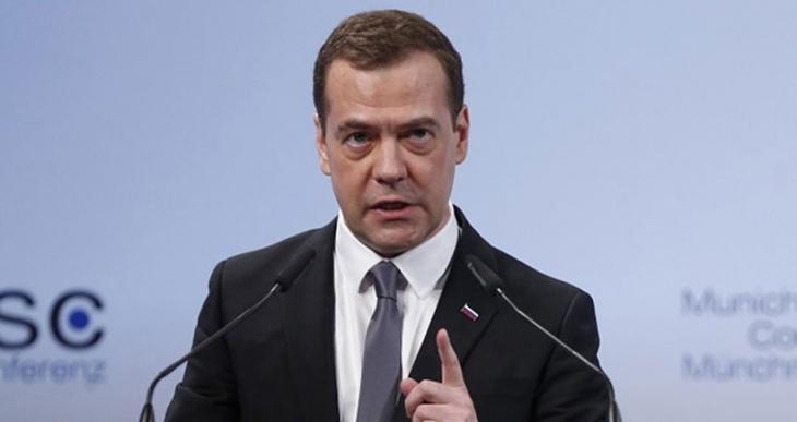 Medvedev: Soğuk Savaş'a döndük