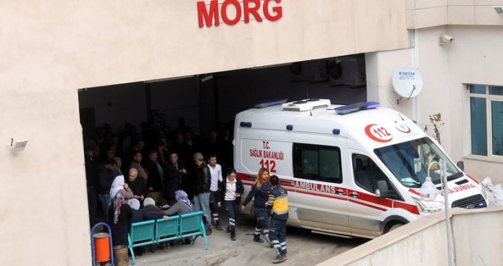 Siirt'te İki katlı ev çöktü; 3 ölü, 2 yaralı