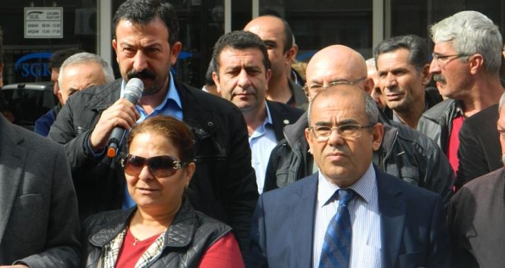 Mersin'de KESK'ten SGK önünde Kıdem ve İstihdam Büroları için eylem