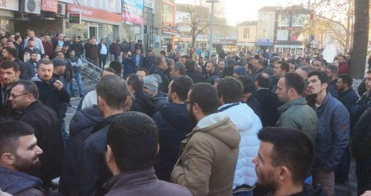 Cam işçileri Kristal-İş yönetimini protesto etti: Sendikayı kayyuma teslim ettiler