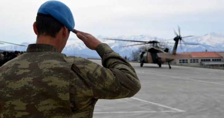 CHP: Zorunlu askerlik yaz tatilinde 10 hafta yapılsın