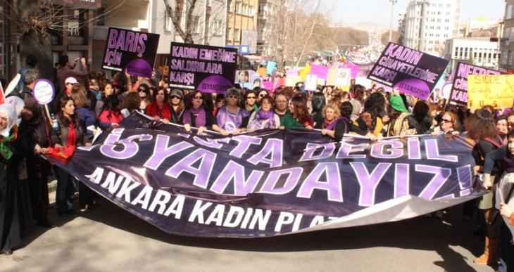 Ankara Emniyeti, kadınların yürüyüşünü yasakladı