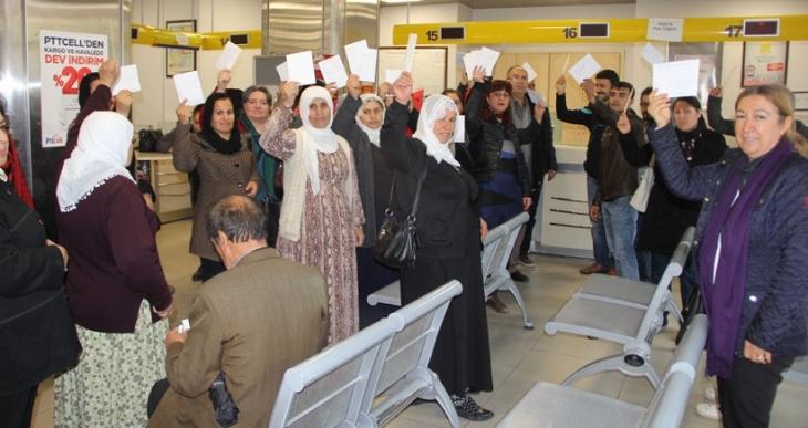 Cezaevlerinde olan kadınlara Antep'ten dayanışma kartları gönderildi