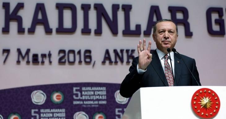 Erdoğan: Sayın Başbakan temenni ederim ki parayı alarak döner