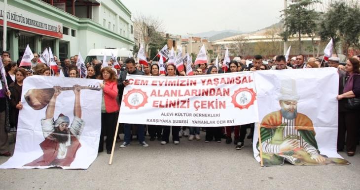 İzmir Yamanlar Cemevine müdahale tepki topladı