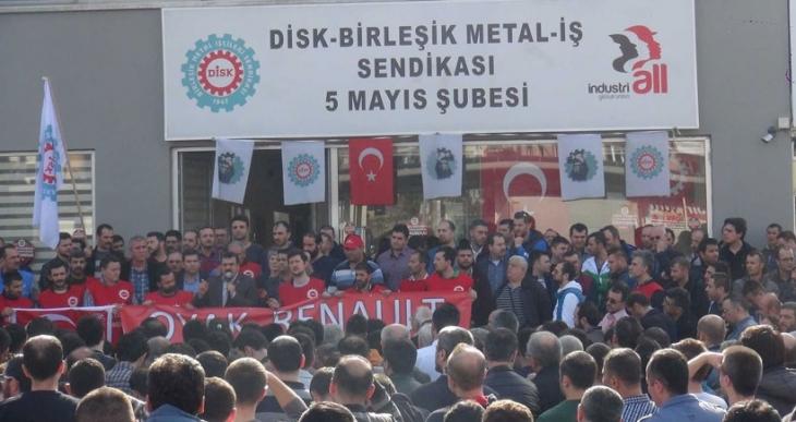 Renault işçileri: Mücadelede kararlıyız  dayanışma bekliyoruz