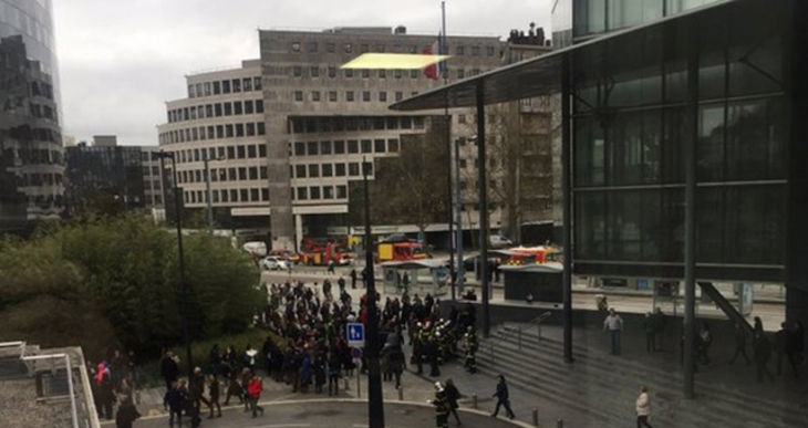 Fransa'da adalet sarayı bomba ihbarı sebebiyle boşaltıldı