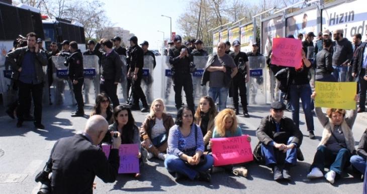 Ensar Vakfı protestosuna saldırı: 4 gözaltı