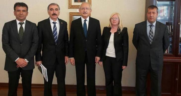 Eğitim Sen Başkanı Karaca ve MYK üyeleri Kemal Kılıçdaroğlu ile görüştü