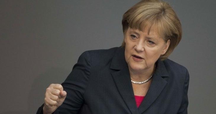 Merkel: Türkiye'nin notası inceleniyor ancak Almanya'da ifade özgürlüğü var