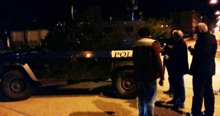 Polisler HDP'li vekil Alican Önlü'ye silah çekti