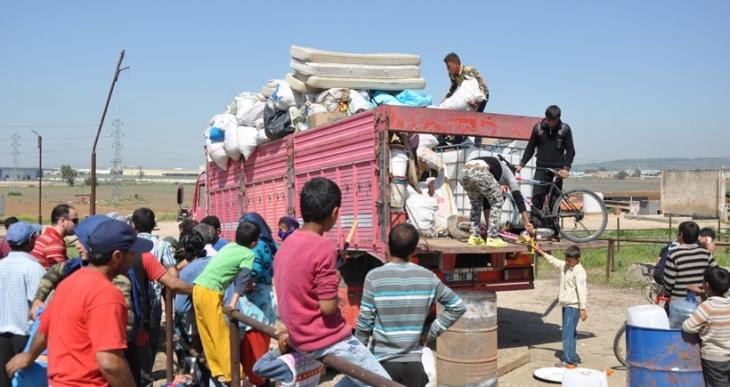 Mülteciler, Torbalı'dan zorla göç ettirildi