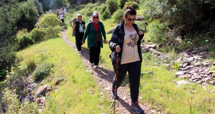 Kadın yürüyüş grubu: 'Doğa şehirden daha güvenli'