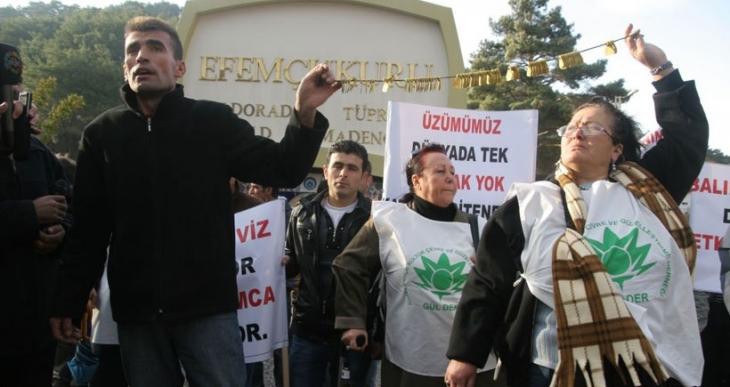 İzmirli akademisyenler Danıştay'dan veto yedi!