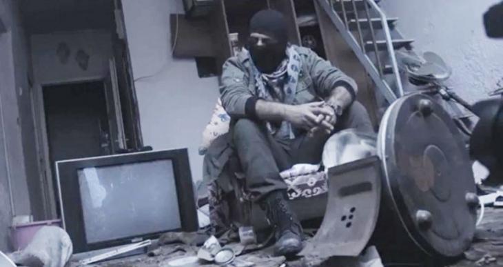 Sur'da ırkçı klip çeken kişi güvenlik görevlisiymiş