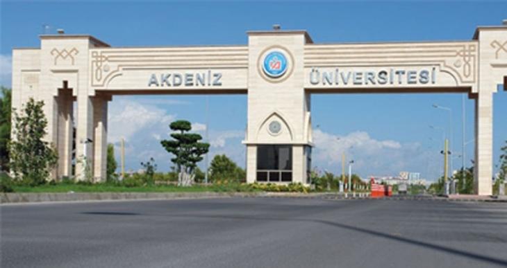 Akdeniz Üniversitesinde  ülkücü saldırı