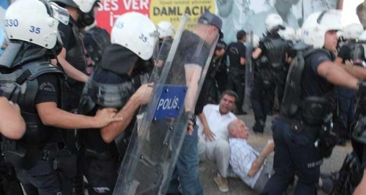 Anayasa Mahkemesi, barışçıl protestonun engellenmesini hak ihlali saydı